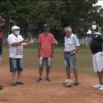 Campanha de arrecadação de alimentos no Complexo Esportivo do Campo de Marte